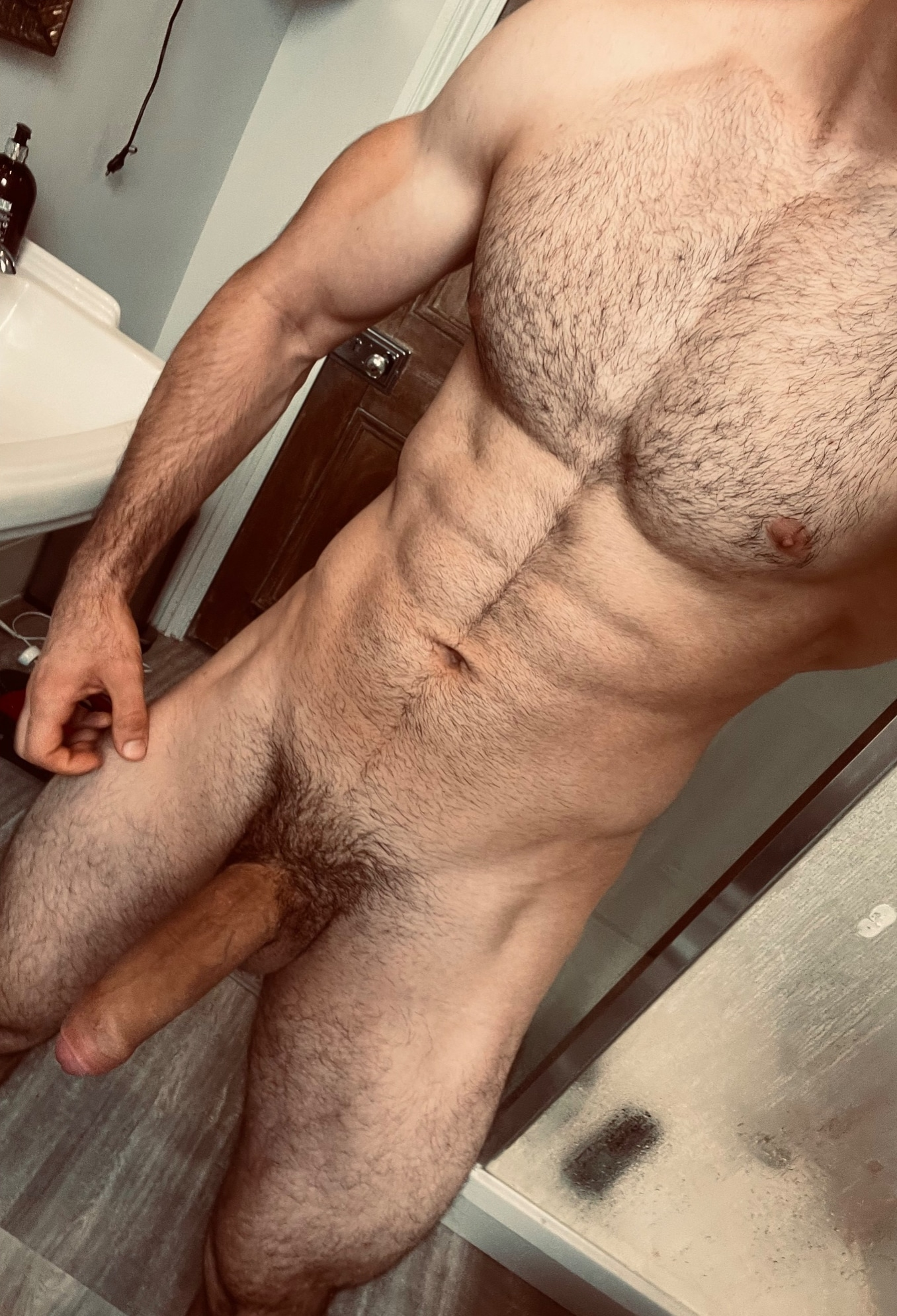 Hunk with a hairy penis